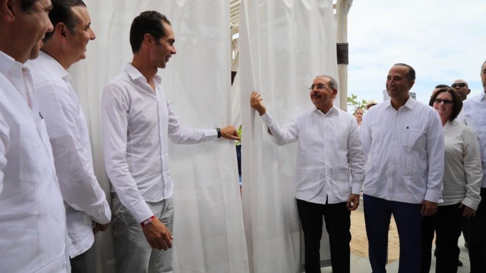 Presidente Danilo Medina asiste acto anuncio Club Med Miches