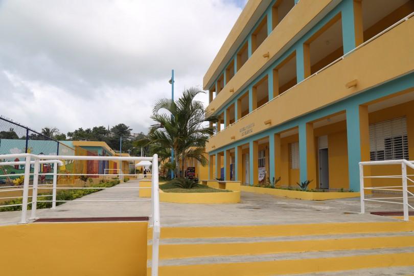 Presidente Danilo Medina entrega tres escuelas. 98% estudiantes en Jornada Escolar Extendida